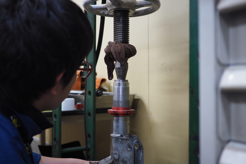 SACHS PERFORMANCE COILOVER オーバーホール