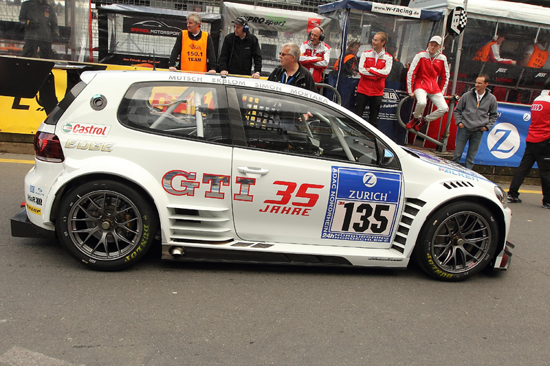 24h Nurburgring 2011 35 GTI VW GOLF